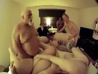 Groupsex Mature  Group Mature