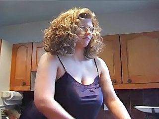 Amateur  Big Tits Kitchen  Natural Amateur Big Tits     Big Tits Amateur   British Tits British Fuck   British Amateur
