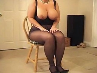 Big Tits  Natural Pantyhose     Tits Job Pantyhose