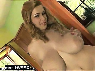 Big Tits  Natural Pornstar     Big Tits Chubby