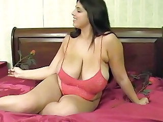 Big Tits  Mom Natural       Tits Mom  Big Tits Mom Mom Big Tits