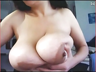 Big Tits  Mom Natural Nipples  Webcam