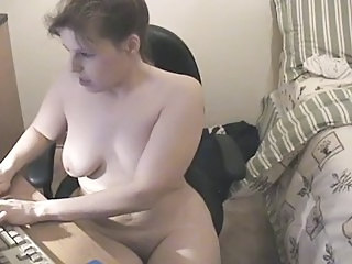 Chubby Masturbating  Mom  Solo Webcam