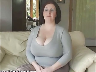 Big Tits Mature Mom Natural Boobs Monster