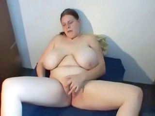 Big Tits Masturbating  Mom Natural