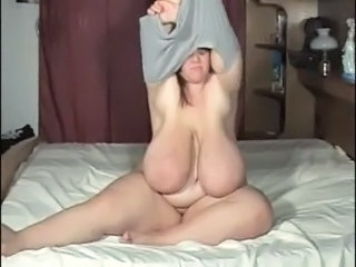 Big Tits Mom Natural  Stripper Plumper Giant