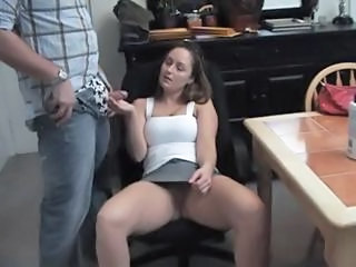 Amateur Chubby Girlfriend Handjob Homemade Kitchen