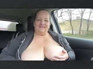 Amateur  Big Tits Car Mature Mom Natural